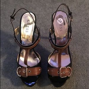 STUNNING PATENT LEATHER & BROWN GUESS HEELS